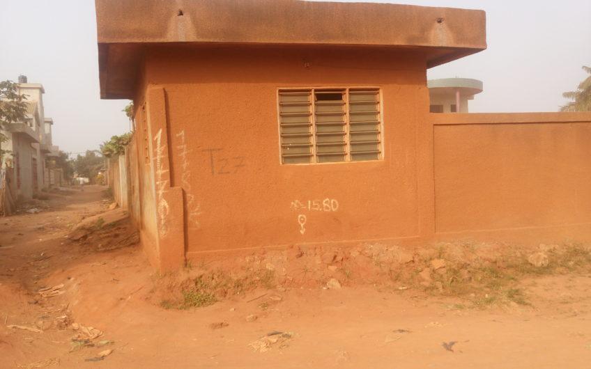 Complexe hôtelier à vendre à Abomey Calavi